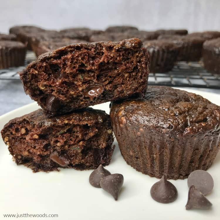 healthy chocolate zucchini muffins