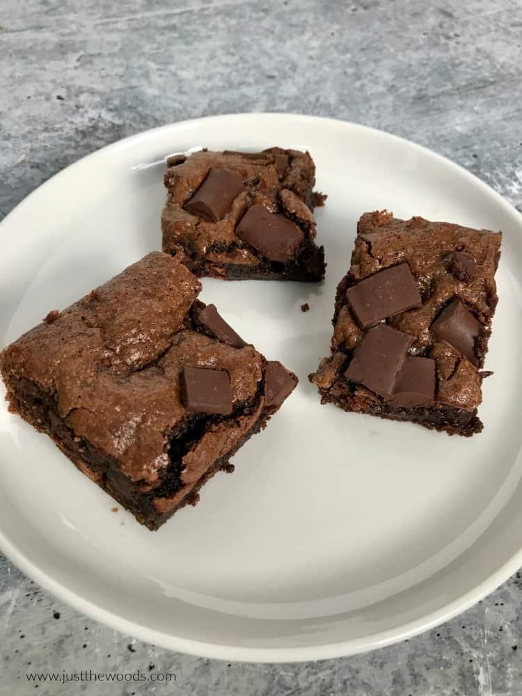homemade fudge tahini brownies