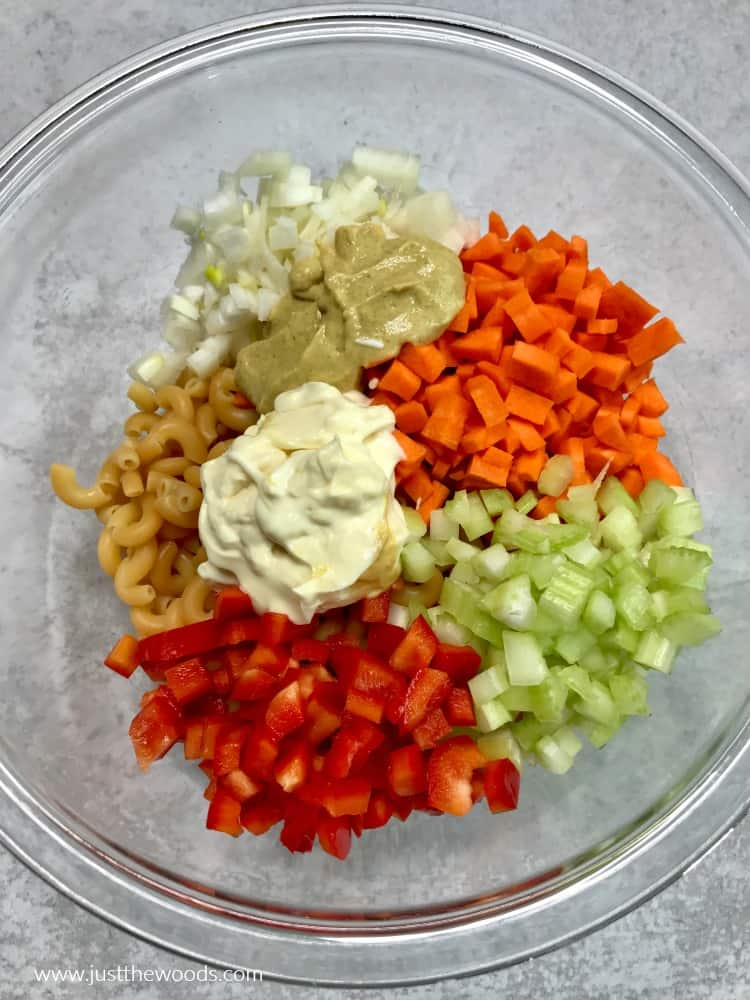 macaroni salad with mayo