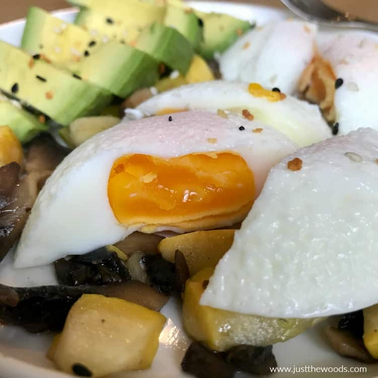 perfect poached egg with avocado
