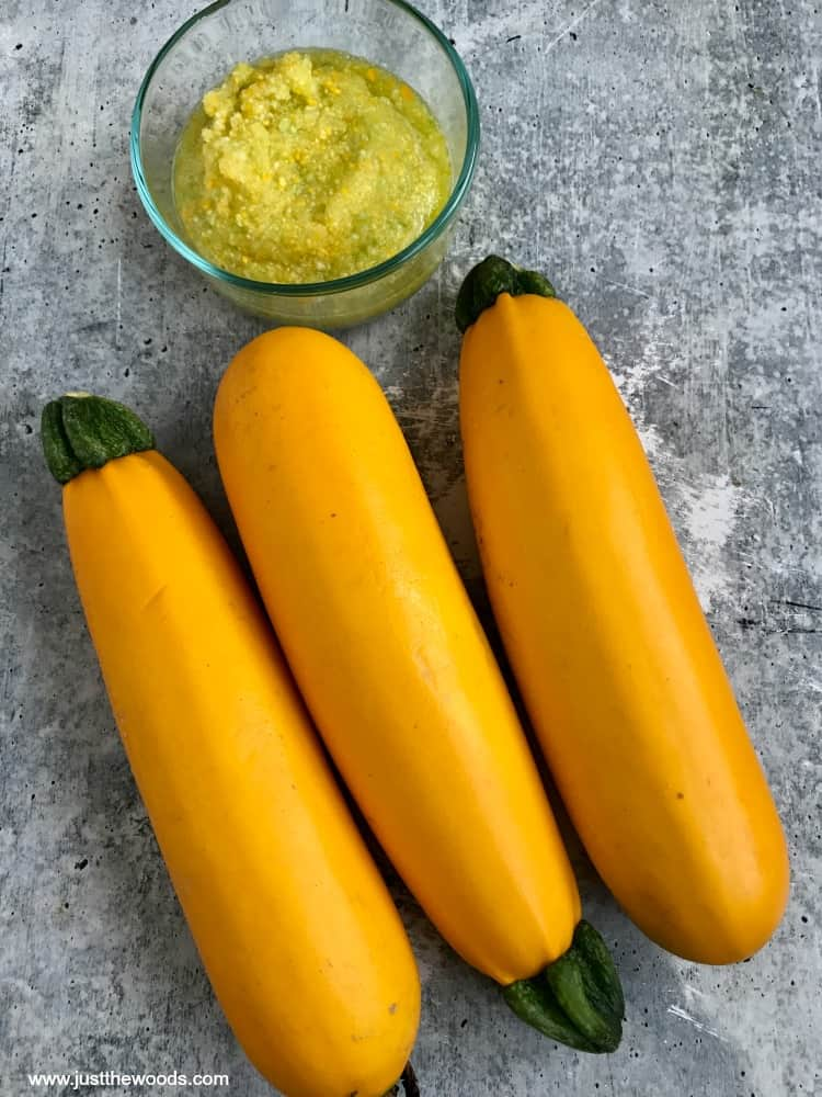 zucchini puree for zucchini bread muffins, yellow summer squash
