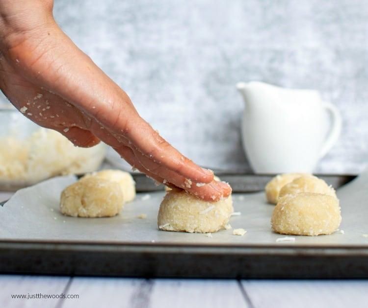 making macaroon cookies