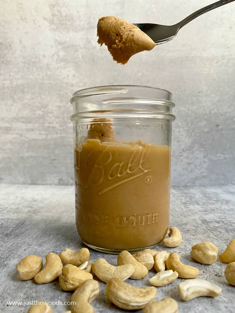 homemade cashew butter recipe in mason jar
